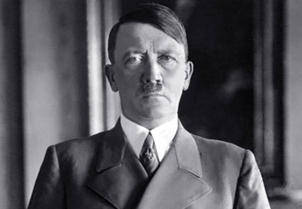 Во напуштен бунар во Полска: Масоните ја открија локацијата каде што е скриено богатството на Хитлер?