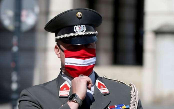 Угостителските објекти, хотелите и културните институции во Австрија остануваат затворени до Велигден