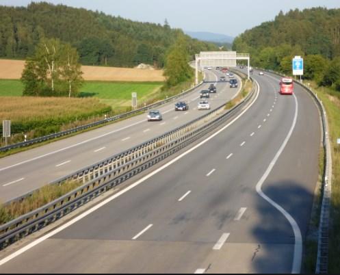 """Автопатот """"А -3"""" во Германија каде што застануваат Балканци легло на корона"""