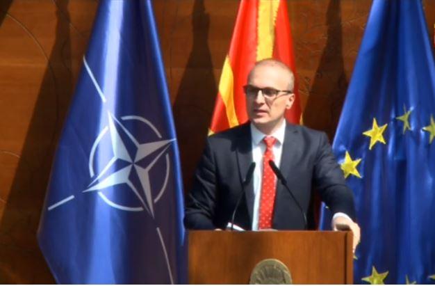 Милошоски: Власта од Македонија направи единствена држава која нема концепт кога и како ќе почне учебната година