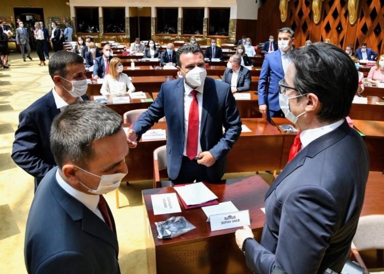 """СДСМ јавно да објават со кого се ќердосаа, бидејќи зборовите """"имам мнозинство"""" не се доволни за Влада"""