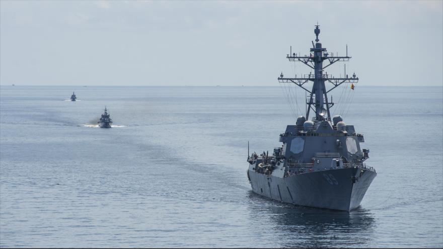 """Кина: Пловењето на американскиот уништувач во тајванскиот теснец е """"исклучително опасно"""""""