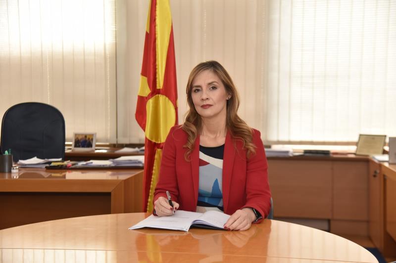 Ангеловска-Бежоска: Девизните дознаки од иселениците важни за македонската економија