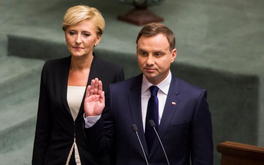 Десничарот Дуда положи заклетва за втор претседателски мандат во Полска