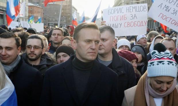 Сојузниците на Навални повикуваат на масовен протест