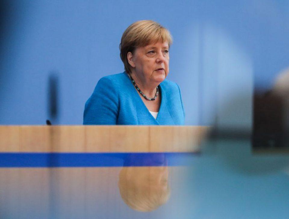 Меркел: Училиштата и градинките треба да бидат најважното прашање