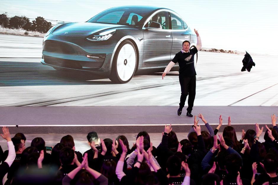 """Новото """"СУВ"""" возило на Тесла ќе биде произведувано во Кина од 2021 година"""