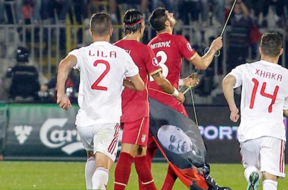 """Ова е фудбалерот кој не даваше да му го земат знамето на """"Голема Албанија"""""""