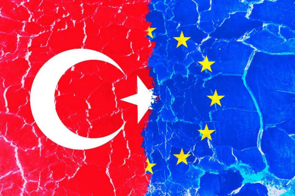 Австрија: ЕУ треба да ги преиспита своите односи со Турција