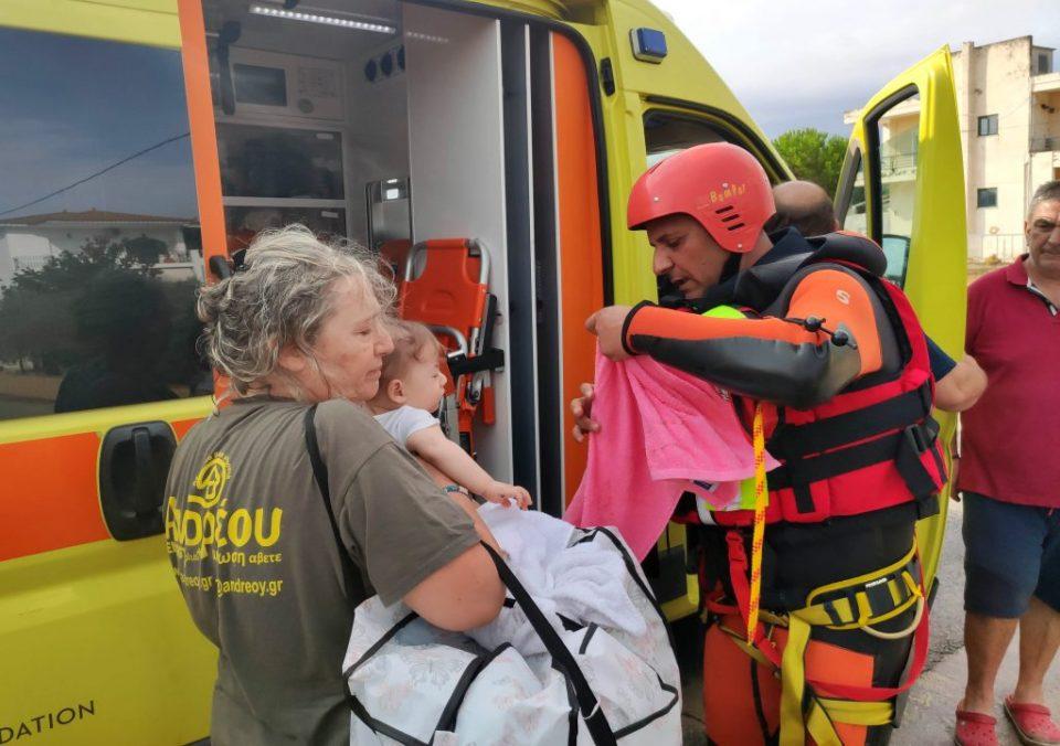 Осуммесечно бебе загина во поплавите во Грција