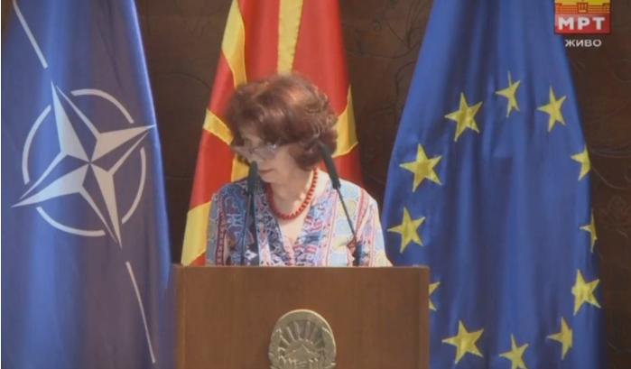 Силјановска Давкова: Во една сиромашна земја е луксуз да се има пет потпретседатели во Собрание