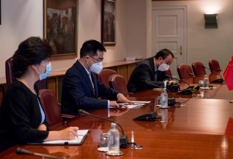 Амбасадорот на Кина, Ѕуо на средба со премиерот Спасовски: Поддршка за справување со здравствената криза и за евроинтеграциите