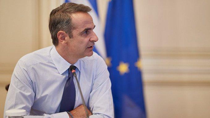 Грчкиот премиер повикува на употреба на маски, за да се избегне карантин