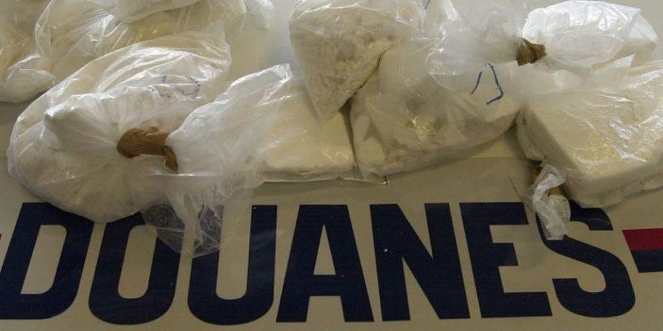 Во француско пристаниште запленети 1,3 тони кокаин од Јужна Америка