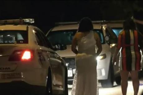 Свадбарите со автомобили ги блокирале влезовите, се разбегале откако дошла полицијата