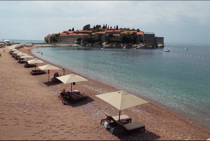 Од денеска во Црна Гора влез само под овие услови