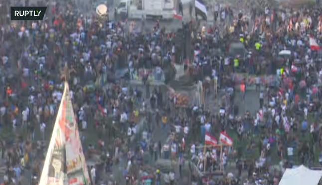 ВО ЖИВO: Се бара оставка на Владата, по експлозијата протести во Либан