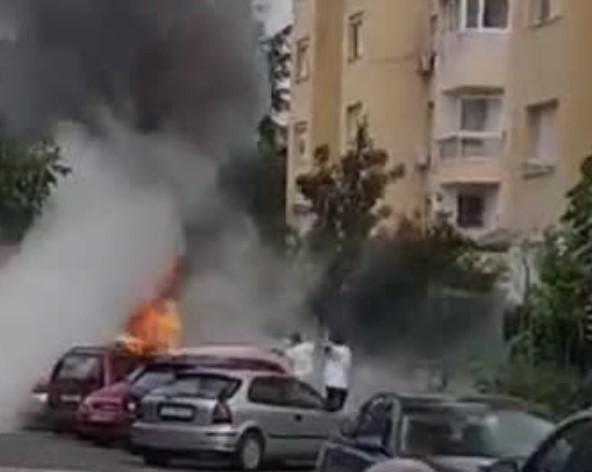 """МВР за запалените автомобили: Опажарени """"Фиат пунто"""", """"Сеат алтеа"""" и """"Мерцедес"""""""