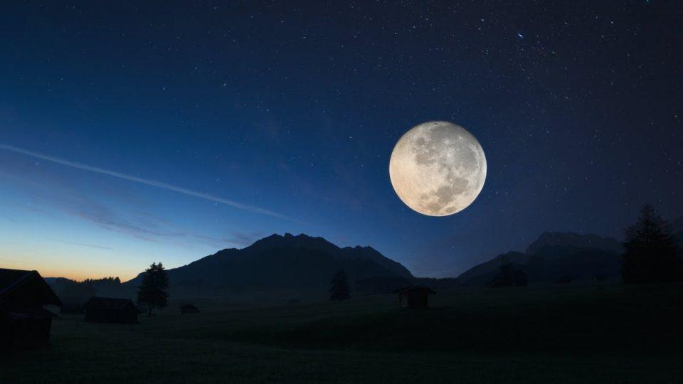 Научници на НАСА измериле дека Mесечината се оддалечува од Земјата