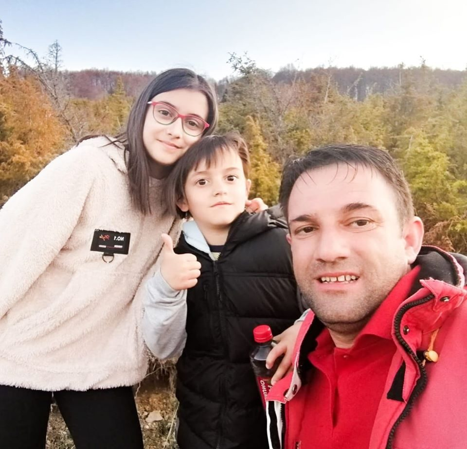 Моите две деца и жената ми се сѐ во животот, поради нив издржав
