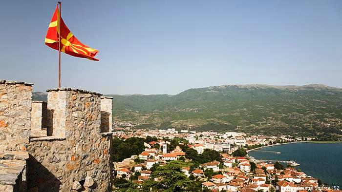 Заев гробару! Зарем сѐ уште не ја потроши омразата кон Македонија?