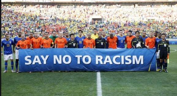 Расизмот скапо ќе ги чини играчите во Премиер лигата