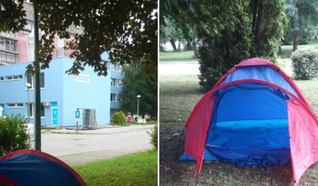 Татко кампува пред болницата во која лежи синот, само за да зборува со него преку токи-воки