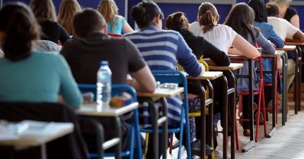 Матурантите привремено го прекинуваат бојкотот на наставата од 6 до 12 февруари