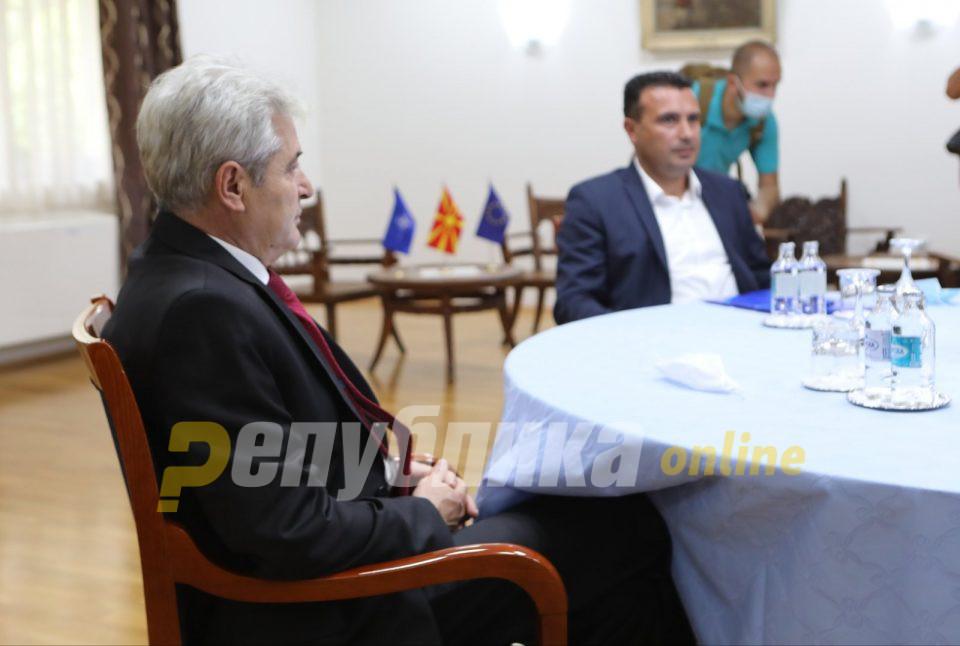И Заев демантира дека ќе имаат заеднички кандидат за градоначалник со ДУИ