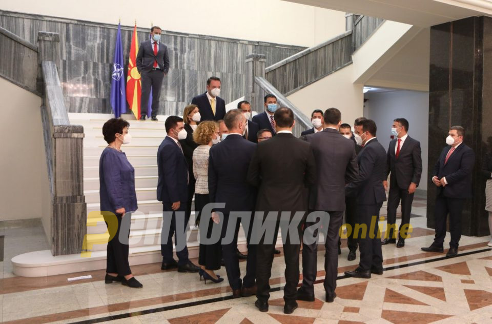 ВМРО-ДПМНЕ: Додека оваа мафија е на власт нема економски развој, само купување на социјален мир