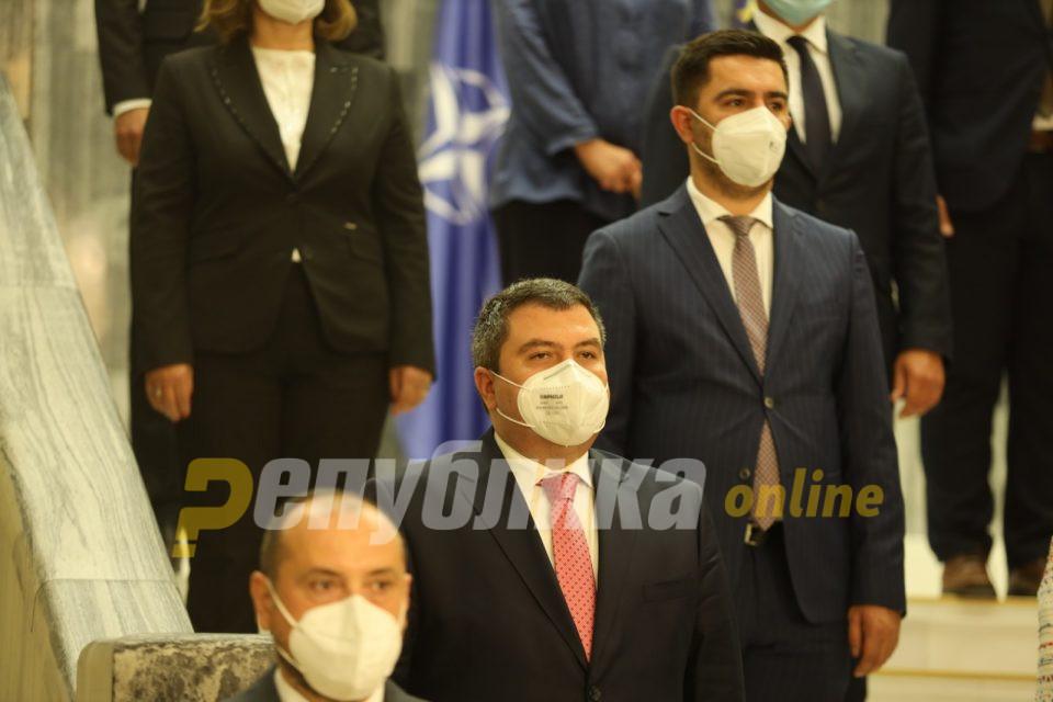 Митрески: Опозицијата повторно нека ги поднесе интерпелациите за Николовски и за Маричиќ