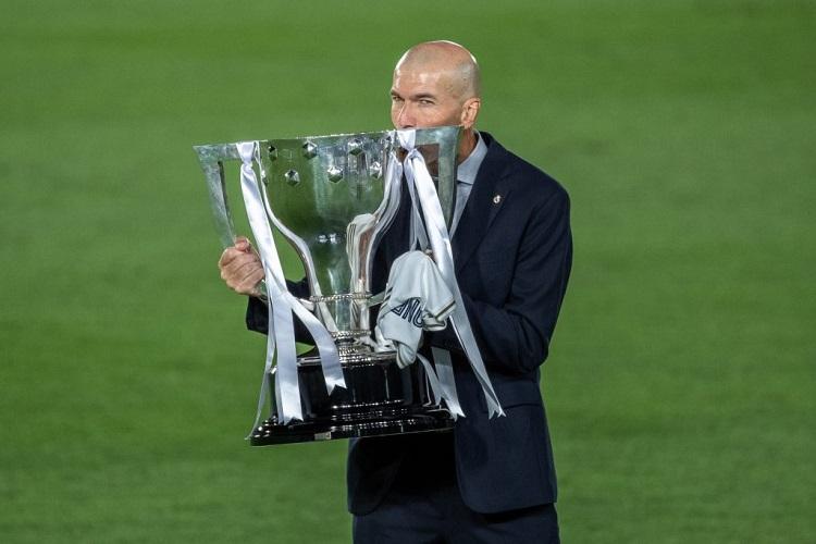 """Зидан е најдобар тренер, според """"Л'екип"""""""