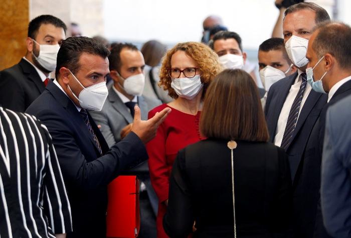 Владата на СДСМ денеска се задолжува со нови 42 милиони евра за враќање долгови