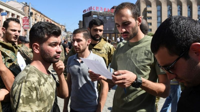 Жестоки борби во регионот Нагорно Карабах, загинаа најмалку 31 лице