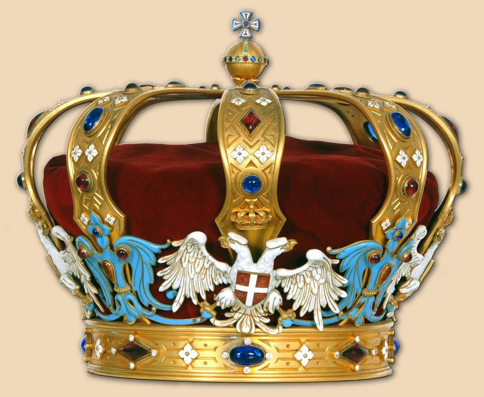 Коронавирусот му се заканува на кралското семејство