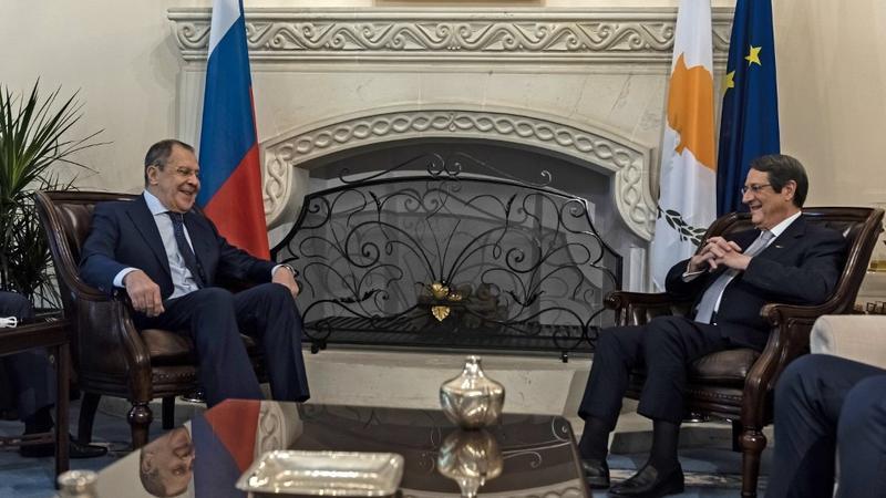 Русија нуди посредување во какви било разговори меѓу Кипар и Турција