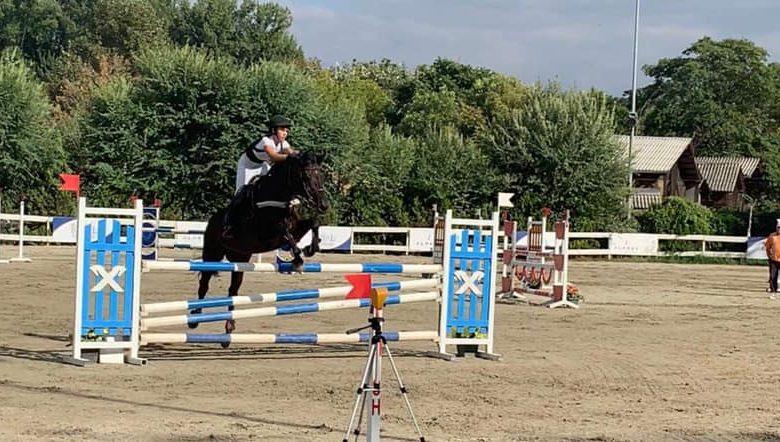 Утре се одржува државното првенство во коњички скокови со пречки