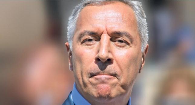 Ѓукановиќ воведува вонредна состојба за да ја спаси власта?