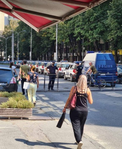 """Полиција наоружана """"до заби"""" на протестот на ВМРО-ДПМНЕ"""