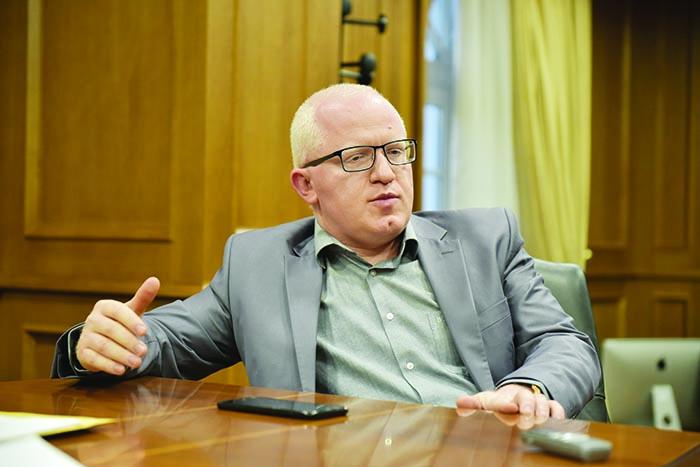 Во канцеларијата на Рашковски на Правен факултет пронајден софтвер со прашања за Академијата судии и јавни обвинители