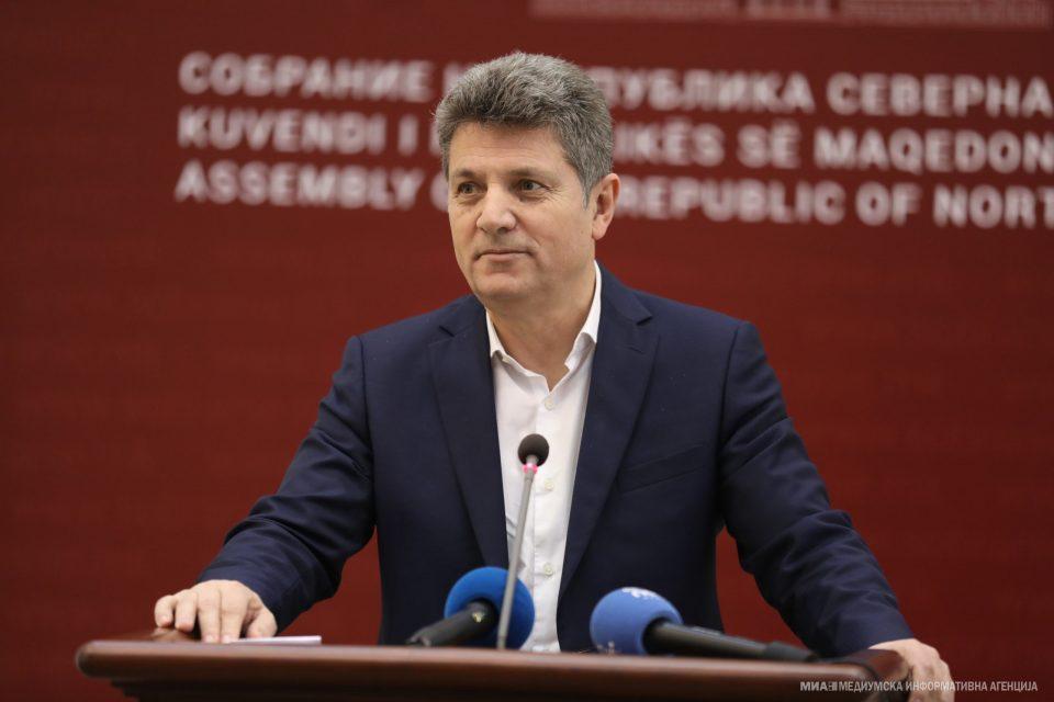 Илиоски ја праша Рускоска: СДСМ ја поддржуваше Шарената револуција, дали тоа значи дека беа и организатори на протестите?
