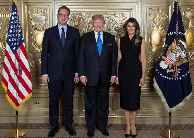 Доналд Трамп ќе ја посети Србија