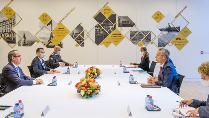 Столтенберг и Хоти на разговори за регионалната безбедност