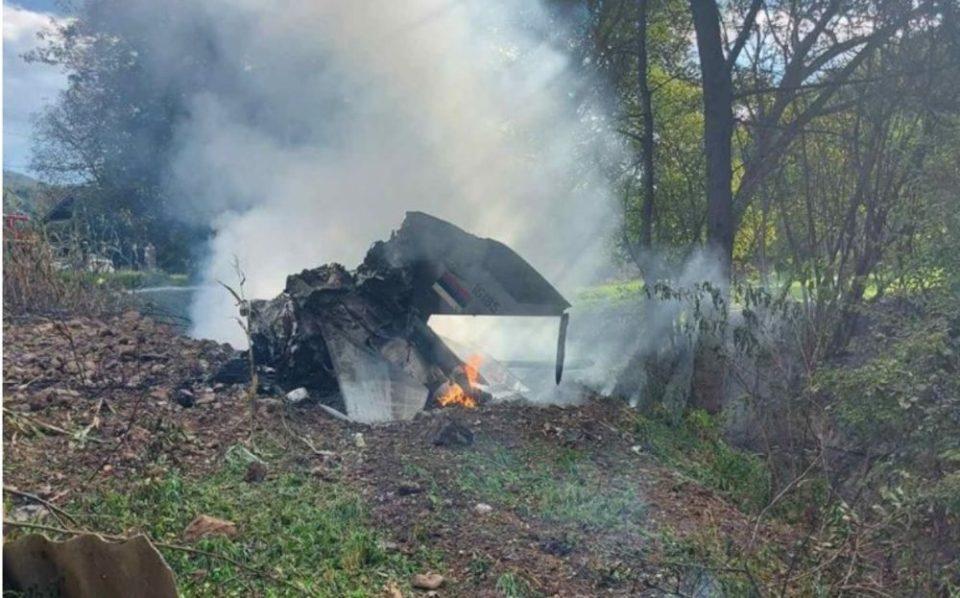 Во Србија се урна воен авион, едниот пилот загинал, по другиот се трага