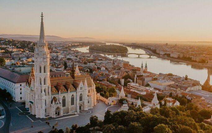 Дали вреди повторно да се инвестира во Унгарија?