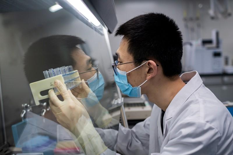 Чешка бара вакцини против Ковид-19 од Кина