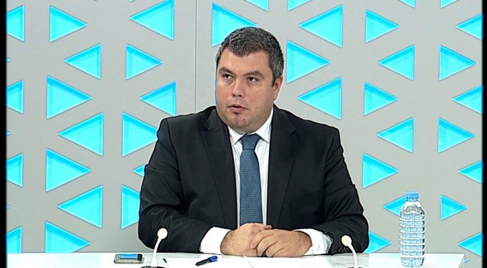 Министерот за правда не знае колку затвори има во Македонија