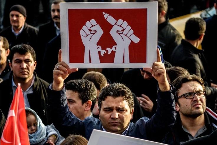 """Германија: Слободата на изразување во Турција """"во голема мера поткопана"""""""