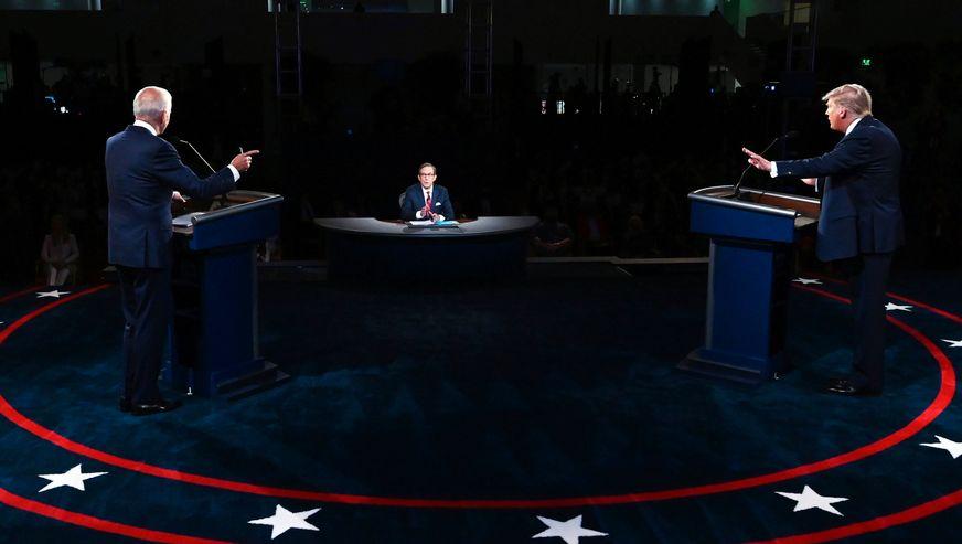 """Две третини од гледачите """"изнервирани"""" по првото соочување на Трамп и Бајден"""