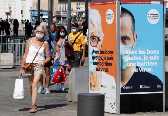 Франција за прв пат објави повеќе од 500.000 случаи на коронавирус